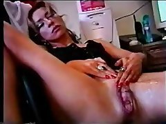 Squirting mature pussy